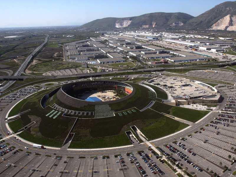 Il Centro Commerciale Vulcano Buono: orari, eventi, cinema ...